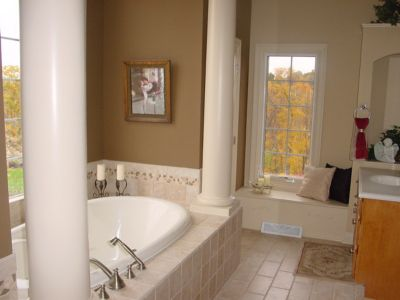 4A CS111 MasterBathroom